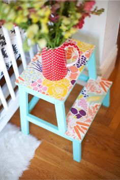 DIY wallpaper stools : This Little street