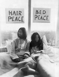 John and Yoko Bed-In in Montreal - May 26, 1969 at the Queen Elizabeth Hotel