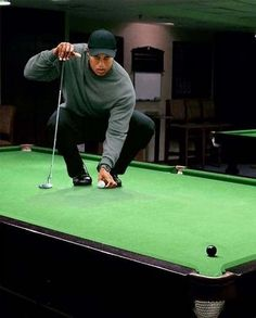 Playing snooker my style says Tiger #snooker