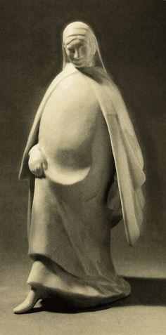 Ernst Barlach :Woman Walking