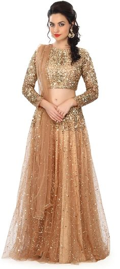 Gold Lehenga Choli With Sequins Embroidery Work Online - Kalki Fashion Choli Designs, Lehenga Designs, Blouse Designs, Pakistani Dresses, Indian Dresses, Indian Outfits, Gold Lehenga, Bridal Lehenga, Lehenga Blouse