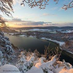 Le belvédère des 4 lacs est magique en toutes saisons   Jura, France   Photo de Stéphane Godin/Jura Tourisme   #Jura #JuraTourisme