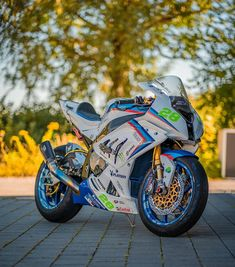 Bmw S1000rr, Futuristic City, Cool Bikes, Motorbikes, Panther, Cars, Vehicles, Classic, Pictures