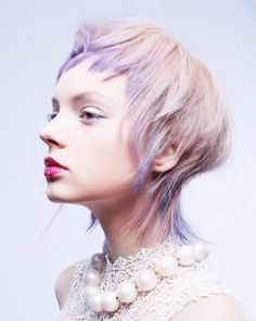 love the color placement Pixie Hairstyles, Cool Hairstyles, Hair Inspiration, Hair Inspo, Foto Fantasy, Creative Hair Color, Hair Reference, Hair Shows, Pastel Hair