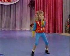 Full House Stephanie Dance video - She's a Maniac Stephanie Tanner, Good Movies, Awesome Movies, Awesome Things, Opening Credits, Full House, Dancing With The Stars, Dance Videos, The Middle