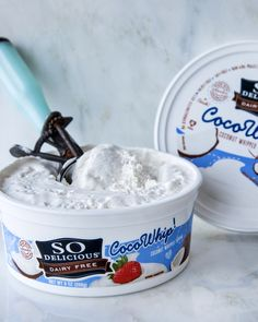 Top desserts, beverages and more with light, fluffy, oh-SO-Delicious Cocowhip. Crafted with smooth coconutmilk. Dairy-free has never been SO Delicious. Taiwan Food, Singapore Food, Frozen Desserts, Vegan Desserts, Vegan Food, Serbia Recipe, Gluten Free Recipes, Vegan Recipes, Honduras Food