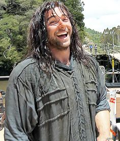 Kili <3 *tacklehugs* MY KILI YOU'RE SO HAPPY AND UNSUSPECTING i love you but my feels don't....