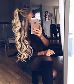 Extension Hair, Remy Human Hair at AMAZING Prices! High-Quality Clip In Hair Extensions And Halo Hair Extensions. Remy Clips Hair Extensions, Easy Hairstyles, Add Instant Length and Instant Volume For The Hair You've Always Dreamed Of. Hair Day, New Hair, Pretty Hairstyles, Short Hairstyles, Half Pony Hairstyles, Going Out Hairstyles, Hairstyle Ideas, Long Haircuts, Summer Hairstyles
