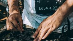Do's and Don'ts' When Hiring Professional DJ Hire Melbourne Services