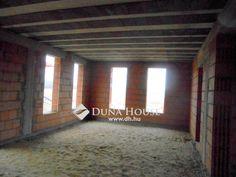 Eladó Ház, Szabolcs-Szatmár-Bereg megye, Nyíregyháza, Bobánya új építésű környékén House, Neon Signs, Home, Homes, Houses