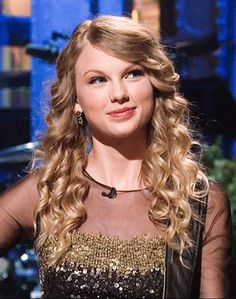 Taylor Swift Music, Taylor Swift Videos, Taylor Swift Hot, Taylor Swift Style, Taylor Swift Pictures, Lady And Gentlemen, Her Smile, The Duff, Role Models