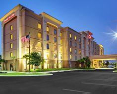 Hampton Inn & Suites Ft. Lauderdale West-Sawgrass/Tamarac, FL Hotel - Exterior, Night