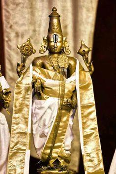 Krishna Statue, Krishna Radha, Hare Krishna, Hanuman, Lovable Images, Shiva Hindu, Lord Shiva Family, Temple Jewellery, Jewelry