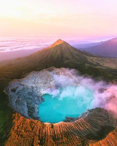 Ijen is a volcano that contains the world's largest acidic volcanic crater lake, called Kawah Ijen, famous for its turquoise color inthe Banyuwangi Regency, East Java Indonesia Places Around The World, The Places Youll Go, Places To See, Around The Worlds, Beautiful World, Beautiful Places, Beautiful Pictures, Fuerza Natural, Destinations