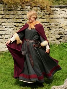 Medival - Love that she used enough fabric for the skirts of the dress to hang properly.