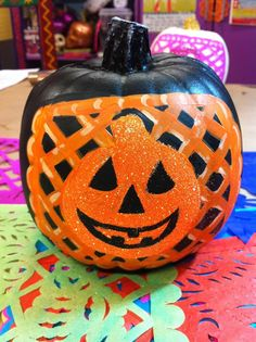 MEXI-HALLOWEEN: Glittered Papel Picado Pumpkins by @Kathy Chan Chan Cano-Murillo