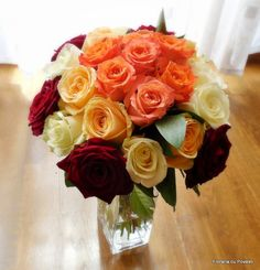 a blend of feelings, all good feelings Rose Bouquet, Classic Beauty, Elegant, Bouquets, Flowers, Plants, Roses, Feelings, Design