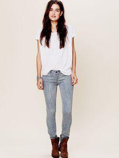 love the checkered pattern for fall #denim #jeans #fallfashion