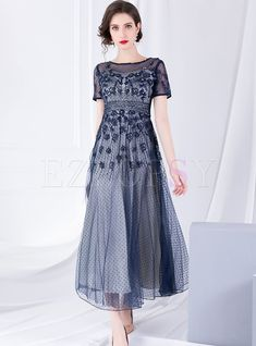 Shop Mesh Double-layered Big Hem Maxi Dress at EZPOPSY. Gala Dresses, Modest Dresses, Stylish Dresses, Dresses With Sleeves, Bride Dresses, Long Dresses, Pretty Dresses, Wedding Dresses, Mother Of Groom Dresses