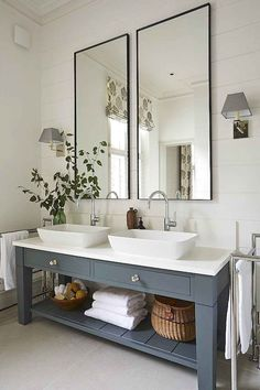 gorgeous modern farmhouse bathroom decor ideas match with any home design 74 Bad Inspiration, Bathroom Inspiration, Bathroom Ideas, Bathroom Vanities, Bathroom Organization, Bathroom Designs, Bathroom Cabinets, Bathroom Storage, Bathroom Furniture