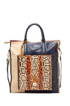 c18d909ea6bd 60 Best Handbags images in 2019