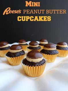 Mini Reese's Peanut Butter Cupcakes