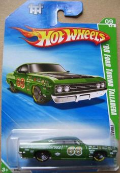 NEW 2010 Hotwheels Treasure Hunt *69' TORINO TALLADEGA:   Hot Wheels 2010 '69 Ford Torino Talladega Treasure Hunt 1:64 Scale Collectible Die Cast Car