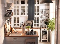 People are more and more choosing small kitchens. They are more popular in contemporary and modern living spaces than those big ones like before. A lot of