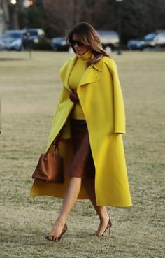 "Melania Trump has continued to wow with her very glam FLOTUS style. ""I like to dress nicely. I always say that it's easy to put on a nice dress,"" President Donald Trump's wife told HELLO! Over 50 Womens Fashion, Fashion 2018, Fashion Outfits, Ladies Fashion, Melanie Trump, Donald Trump Wife, Trumps Wife, Milania Trump Style, Fashion Photo"