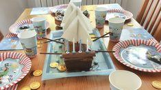 Ganz easy, der Piratenschiff-Kuchen Monster Party, 5th Birthday, Chocolate Fondue, Pudding, Desserts, Food, Motto, Pirate Ship Cakes, Dino Cake