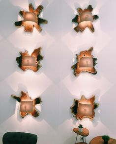 Ilumina tus sueños Quien no se enamora de unos apliques así?   ____.  #lights #decor #design #wood #furniture #feriavalencia #photo #shadows #loveit #cute #style #interior #interiors #home #homedecor #homestyle #apliques #pared #decoration #interior4all #ideas #inspo #designer by _decor_arte_