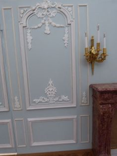 Use in Entry Hall how to: molded miniature French wall panels Miniature Rooms, Miniature Houses, Miniature Furniture, Doll Furniture, Dollhouse Furniture, Victorian Dolls, Victorian Dollhouse, Dollhouse Tutorials, Dioramas