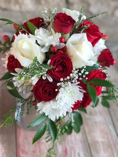 Red Bouquet Wedding, Bride Bouquets, Rose Wedding, Bridesmaid Bouquet, Prom Flowers, Wedding Cakes With Flowers, Bridal Flowers, Wedding Centerpieces, Wedding Decorations