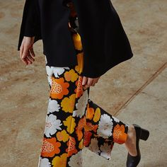 Marimekko's prints are in autumn blossom – The floral Pieni Pioni print, designed by Maija Isola already in the 1970s. // Katrina trousers // #marimekko #marimekkofw16 #mymarimekko // Explore more new arrivals: marimekko.com