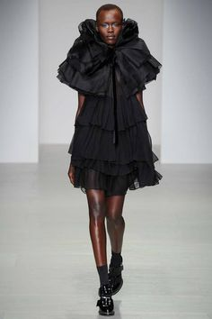 John Rocha | Fall 2014 Ready-to-Wear Collection | Style.com