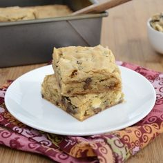Chewy Blondies packed with toasted walnuts, white chocolate & chocolate chips.