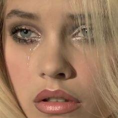"angelbambina: "" Barbara Palvin - Vogue Italia Beauty by Miles Aldridge "" Barbara Palvin, Makeup Inspo, Makeup Inspiration, Character Inspiration, Pretty People, Beautiful People, Eye Makeup, Hair Makeup, Hot Blonde Girls"