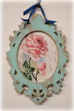 Tienda La Florinda Decoupage On Canvas, Decoupage Vintage, Shabby Chic Farmhouse, Shabby Chic Decor, Shaby Chic, Rose Cottage, Canvas Frame, Diy And Crafts, Decorative Plates