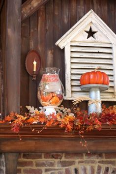Fireplace mantel decorating for fall