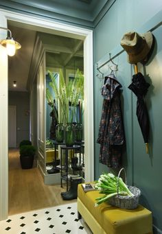 〚 Lovely apartment with greens in Moscow 〛 ◾ Photos ◾Ideas◾ Design Apartment Interior, Home Interior Design, Corridor Design, Hall Interior, Residential Interior, Hall Design, Apartment Design, Home Decor Styles, Mudroom Design