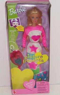 2000 Barbie Picture Pockets Doll Photo Album Keychain 28701