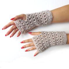 Fingerless gloves, hand warmers