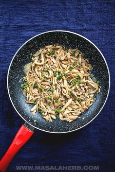 Easy Sauteed Oyster Mushrooms - Vegan recipe, side dish, easy dinner ideas, one pot, quick recipe, white oyster mushrooms,  preparing, frying, how to cook oyster mushrooms, oyster mushrooms varieties. how to clean oyster mushrooms, 15-minute recipe MasalaHerb.com #oystermushrooms #vegan Easy Mushroom Recipes, Oyster Mushroom Recipe, Mushroom Wine Sauce, Mushrooms Recipes, Steak Side Dishes, Side Dishes Easy, How To Cook Meatballs, How To Cook Steak, Side Dish Recipes