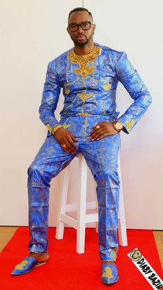 4 Factors to Consider when Shopping for African Fashion – Designer Fashion Tips African Inspired Fashion, African Men Fashion, Africa Fashion, African Fashion Dresses, African Women, Fashion Outfits, Ankara Fashion, Mens Fashion, Fashion 2017