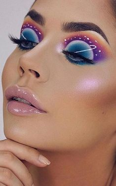 36 Newest and Colorful Eyeshadow Design Ideas and Images Part eyeshadow looks; eyeshadow looks step by step Make Makeup, Eye Makeup Art, Crazy Makeup, Eyeshadow Makeup, Eyeshadow Ideas, Eyeshadow Tutorials, Makeup Tutorials, Crazy Eyeshadow, Eyeshadow Designs