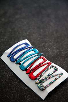 Glittery Barrettes (made with nail polish!)  Just saw these in Clueless and I forgot how much I used to love these when I was little!