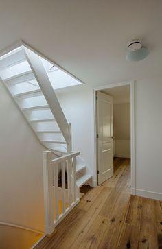 Ideas for deck stairs ideas loft Attic Loft, Loft Room, Attic Rooms, Bedroom Loft, Garage Attic, Loft Staircase, Attic Stairs, Staircase Design, Deck Stairs