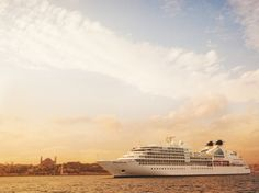 Photo Tours of the Top 20 Cruise Ships in the World : Condé Nast Traveler
