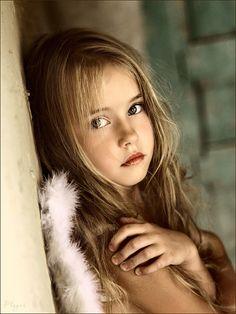 Kk kzlar in en gzel sa modelleri mankenler pinterest child model portrait more altavistaventures Choice Image