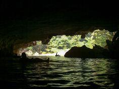 Belize - cave tubing